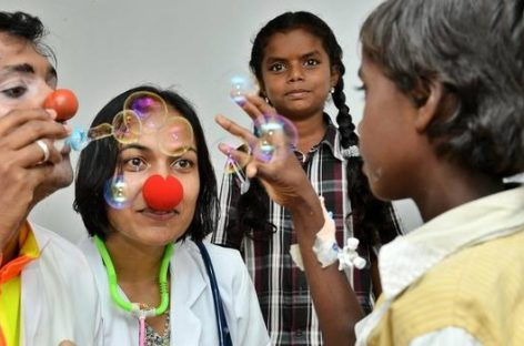 LOL Prescription With Chennai's First Real Doctor-Clown